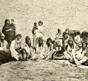 Yazidis on the mountain of Sinjar, Iraq/Syrian border, 1920s - Wikipedia